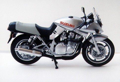Suzuki GSX1100S Katana Custom Tuned Tamiya 14065 1:12