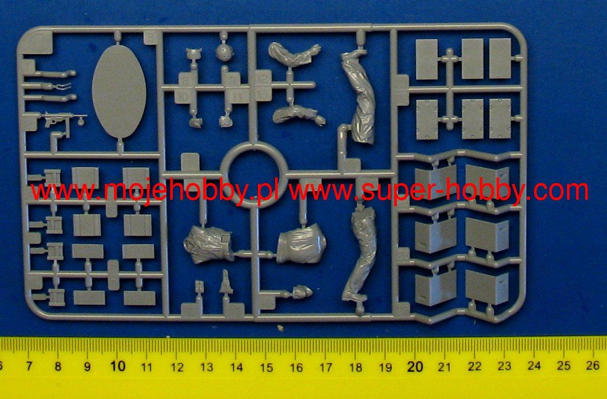 M8 Greyhound Tamiya 1/35 + photodécoupe ABER et Royal Model - Page 11 14694_1_tam35347_3