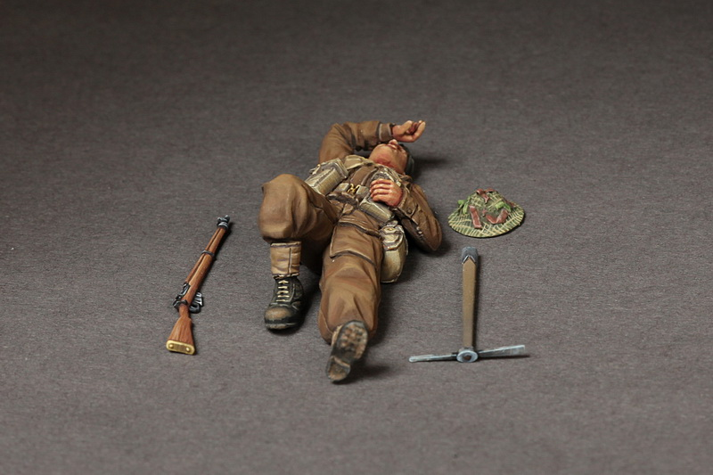 British infantryman at rest. - Image 1