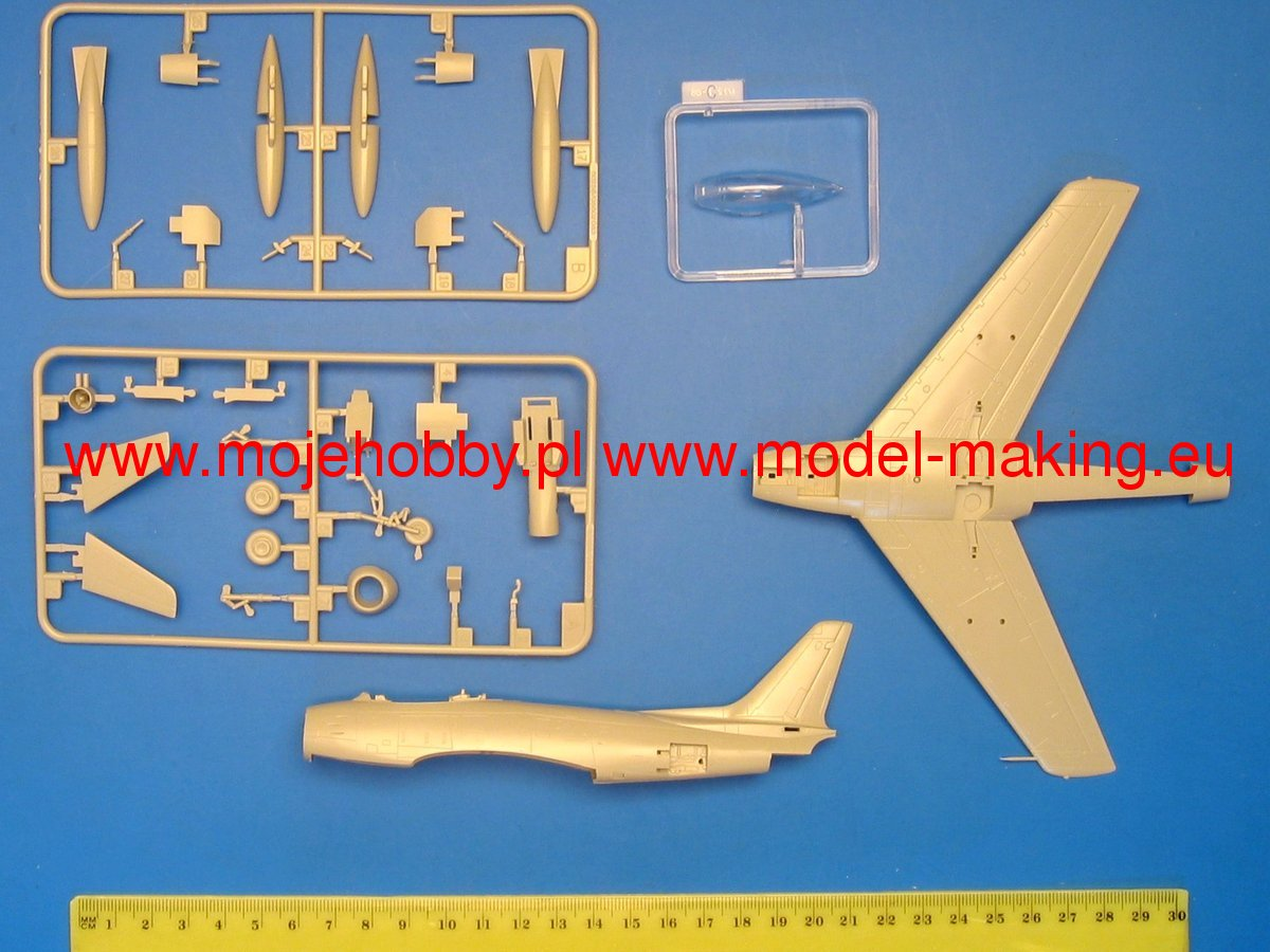 Hobby Boss 80258 Plastikmodellbau Luftfahrt F-86F-30 /'Sabre/' Fighter