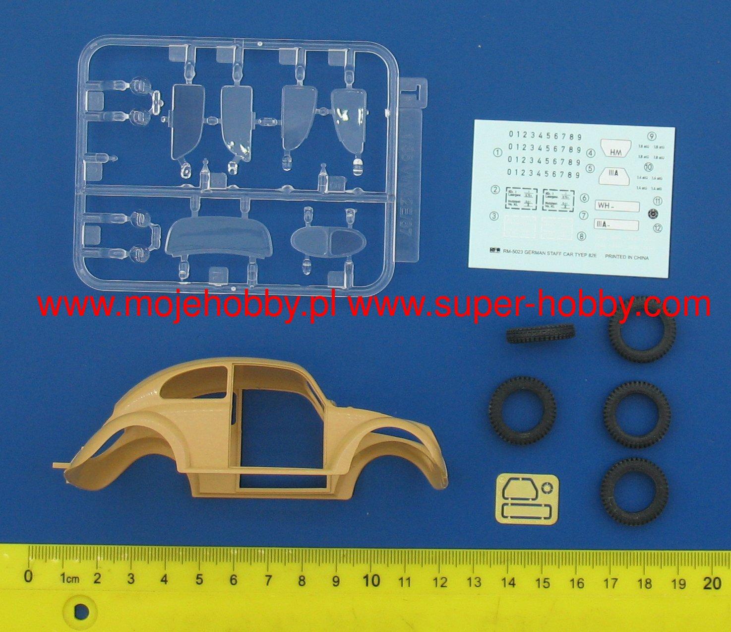 Ryefield-Model RM5023 1//35 German Staff Car Type 82E w//Full Interior