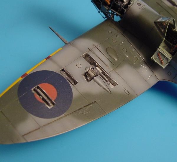 Supermarine Spitfire Mk  Vb gun bay Tamiya