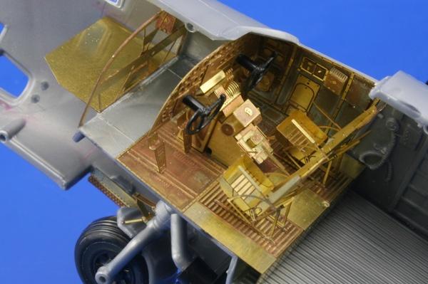 B-24J front interior REVELL/MONOGRAM Eduard 49440
