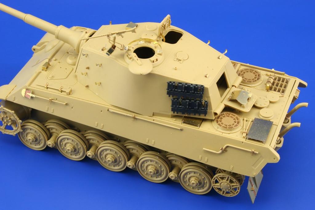 EDUARD 35986 1//35 King Tiger Ardennes front TAMIYA