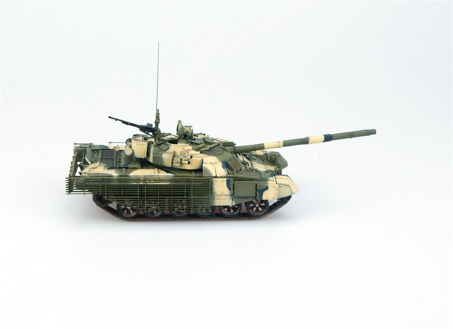 65b9b3df6b23 Russian T-72B2 Rogatka Main Battle Tank Model Collect -UA72005