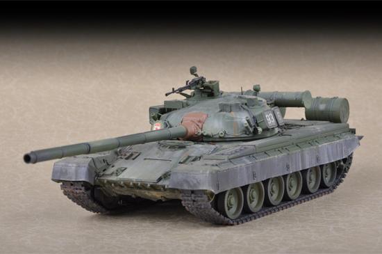b4c768e201f1 Russian T-80B MBT Trumpeter 07144