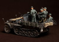 Crew for Sd.Kfz.10/4 fur 2cm FlaK 30 (for Dragon 6739) 5 figures