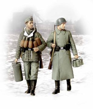 German soldiers in winter coat's 1944/1945 (Supplies at ...