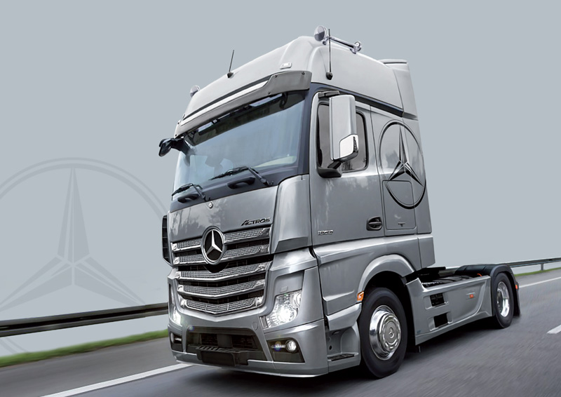 Nieuw Mercedes Benz Actros MP4 Gigaspace Italeri 3905 ES-24