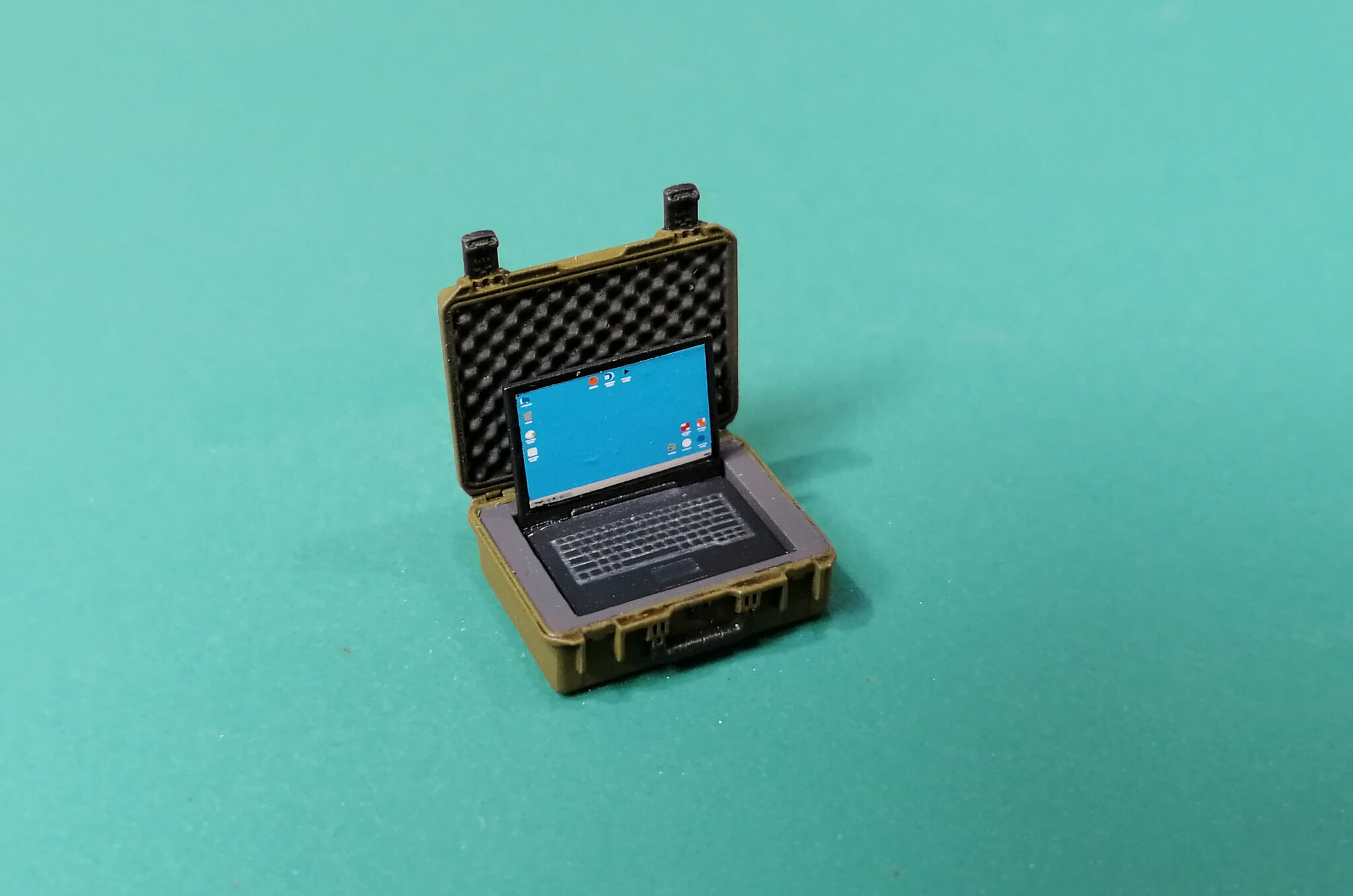 Military Laptop Case & Laptop Eureka XXL E-059