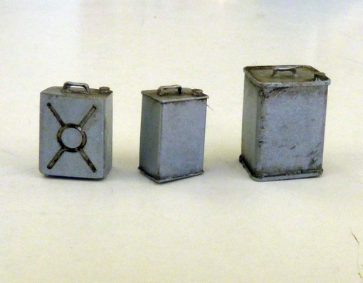 Square cans - Image 1