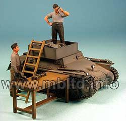 1940-1944 Masterbox 1//35 Scale German Tank Repairmen Plastic Model Building Set # 3509