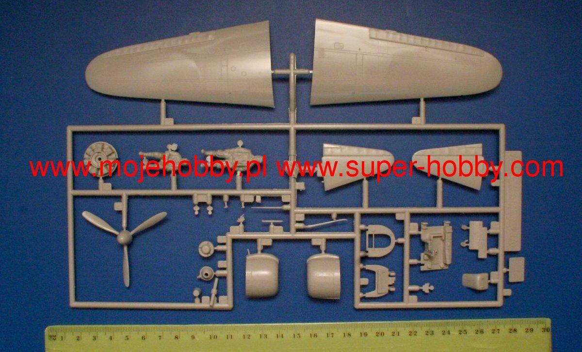 Dolls House Emporium échelle 1//12th Accessoire Hatty l/'aspirateur 1242 Neuf *