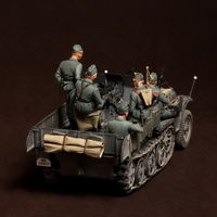 Crew for Sd.Kfz.10/4 fur 2cm FlaK 30 (for Dragon 6739) 6 figures