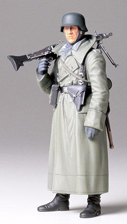 WW2 German Machine Gunner (Greatcoat) Tamiya 36306