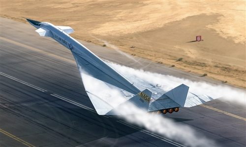 XB-70 Valkyrie   ex-AMT - Image 1